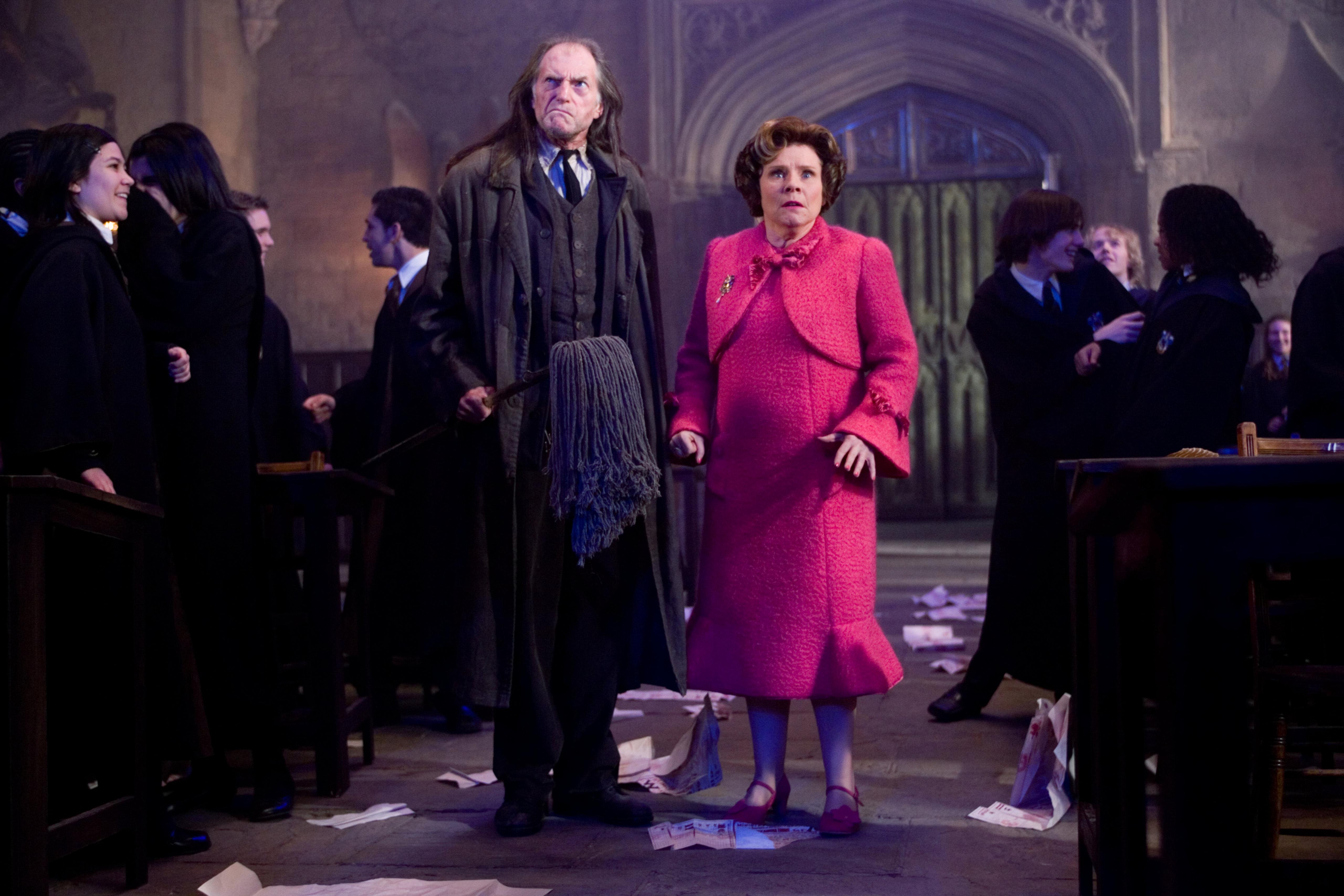 """""""Haris Poteris ir fenikso brolija"""""""